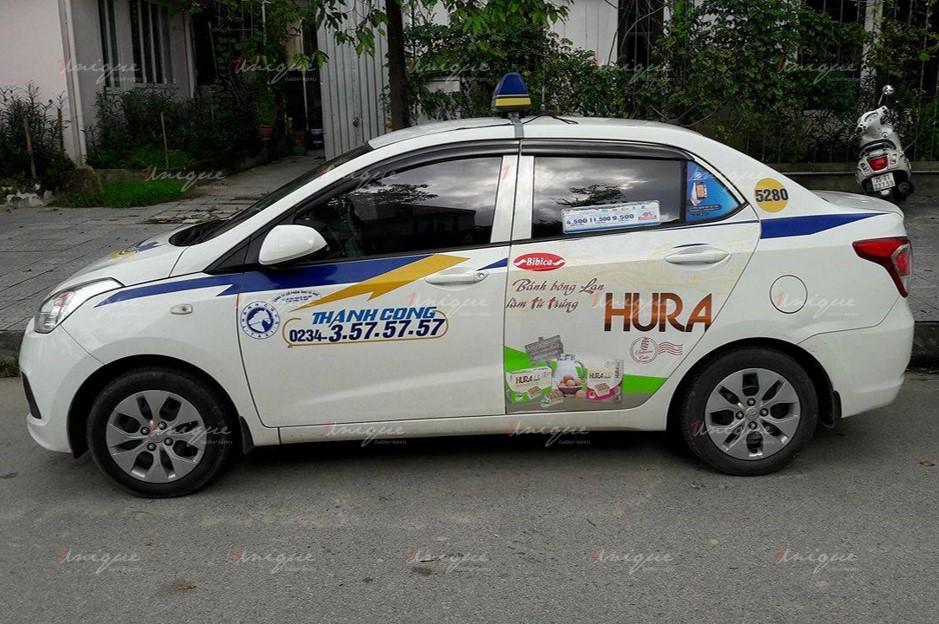 quảng cáo trên xe taxi tại Vĩnh Phúc