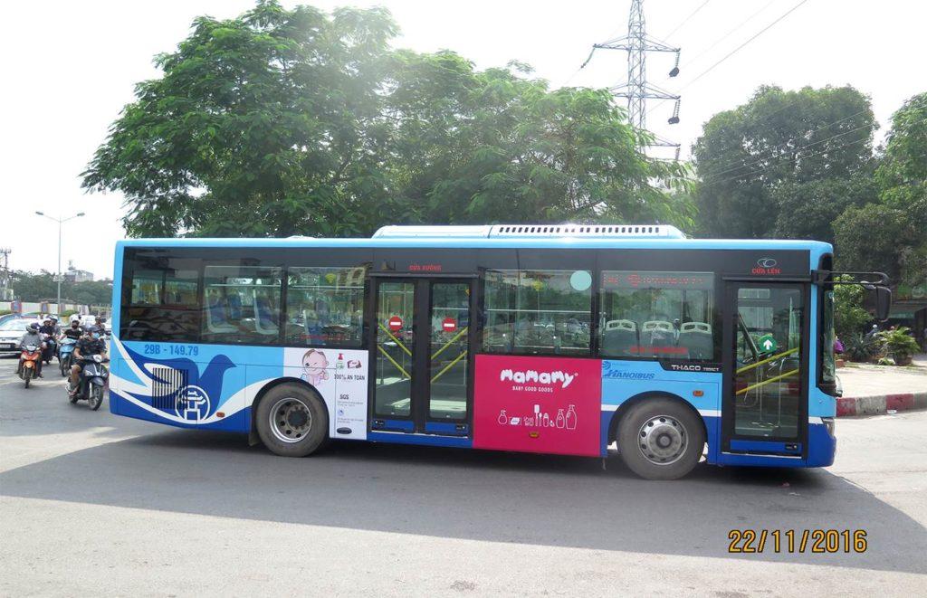 quang cao tren xe bus tai ha noi