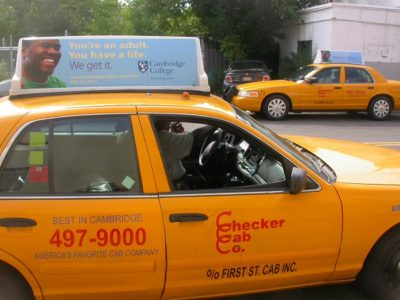 quảng cáo trên taxi ở boston