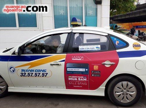 dự án quảng cáo trên taxi của Lazada