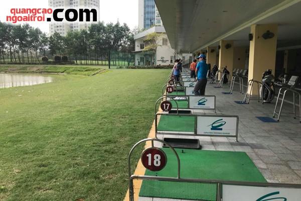 vị trí quảng cáo trên sân tập golf