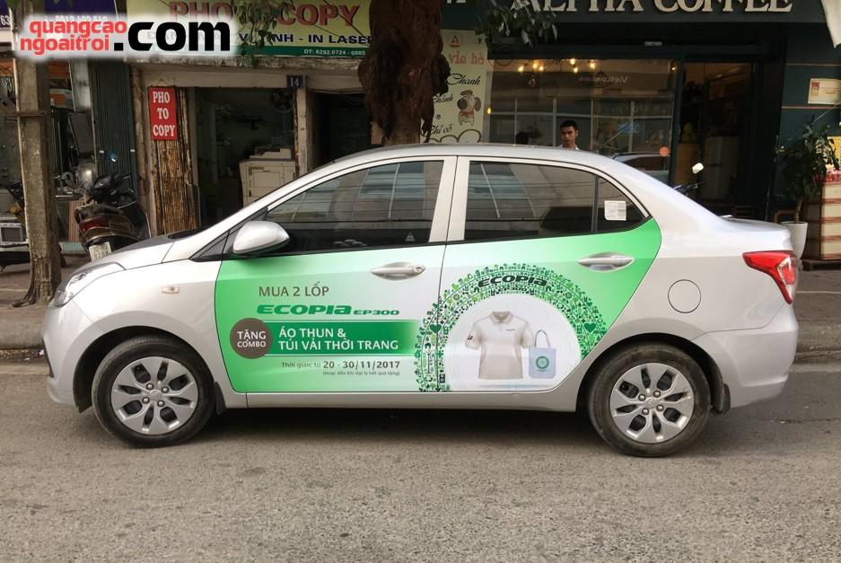quảng cáo trên xe hơi