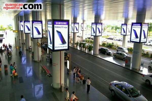 Kết quả hình ảnh cho quảng cáo trên sân bay
