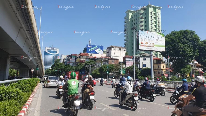Pano quảng cáo Ngã 4 Nguyễn Chí Thanh – Trần Duy Hưng – Đường Láng