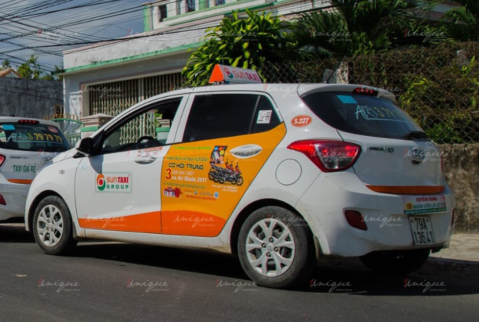 quảng cáo trên xe taxi tại Vũng Tàu