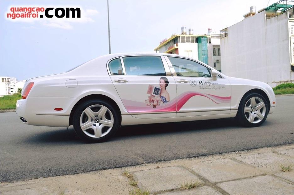 quảng cáo trên xe ô tô cá nhân