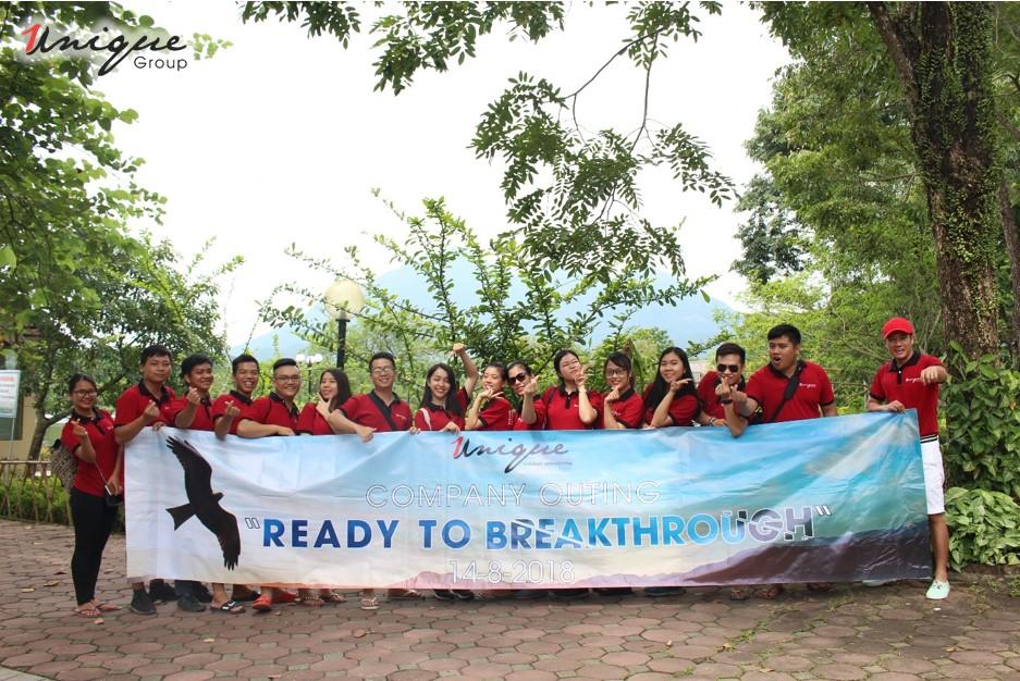 """""""Ready to breakthrough""""- Chuyến Company Outing quý III đầy hứng khởi của các thành viên Unique"""