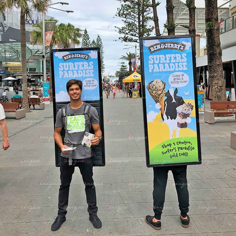 quảng cáo Human Billboard Walking