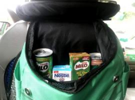 Nestle bán hàng trên taxi