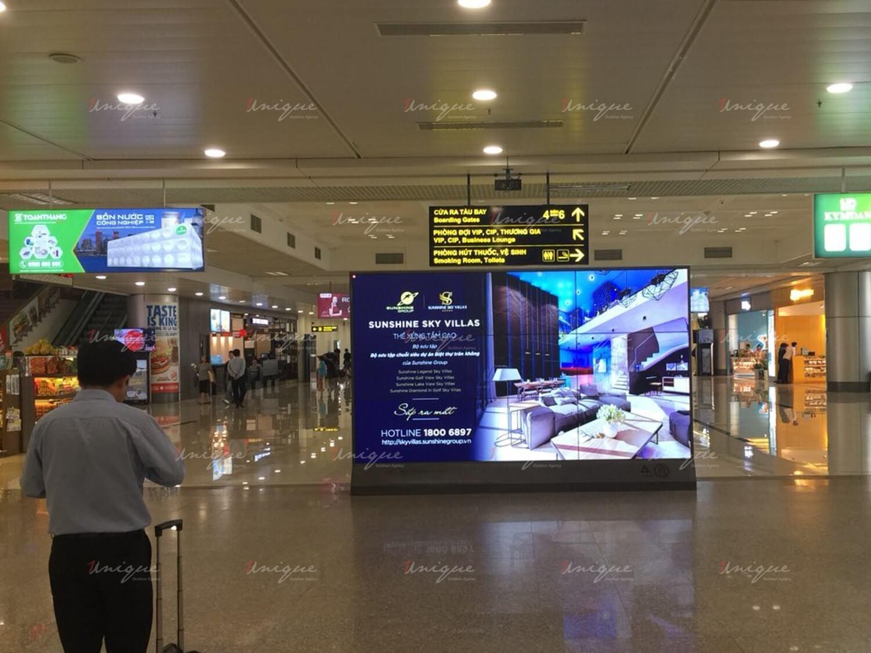 quảng cáo led lcd frame tại sân bay