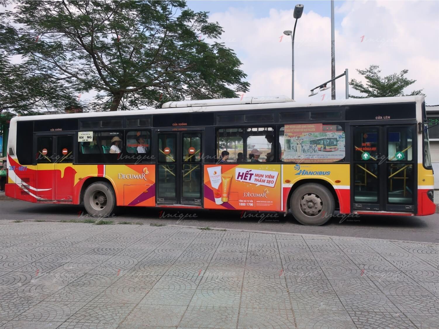 quảng cáo xe buýt cho decumar