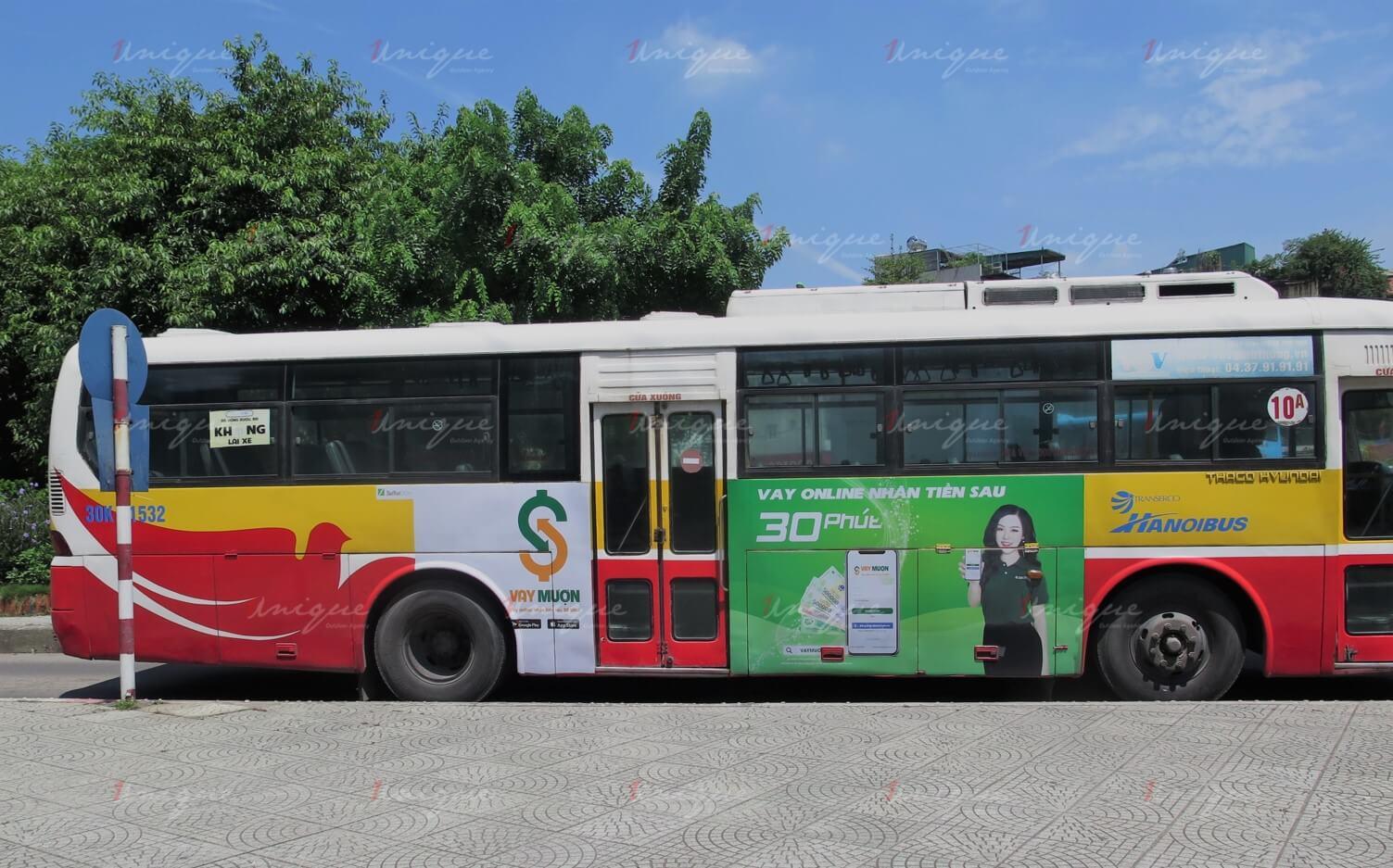 quảng cáo xe buýt cho vay mượn và fastgo