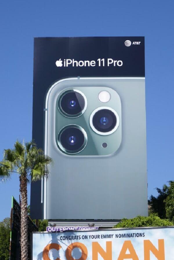billboard quảng cáo cho iphone 11 pro