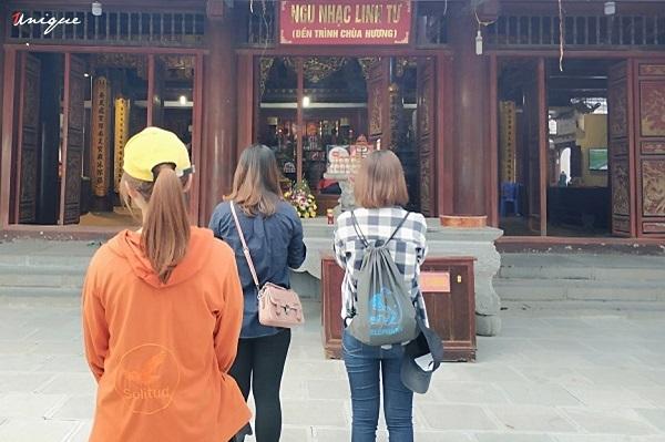 Tâmbuilding chùa Hương của Unique