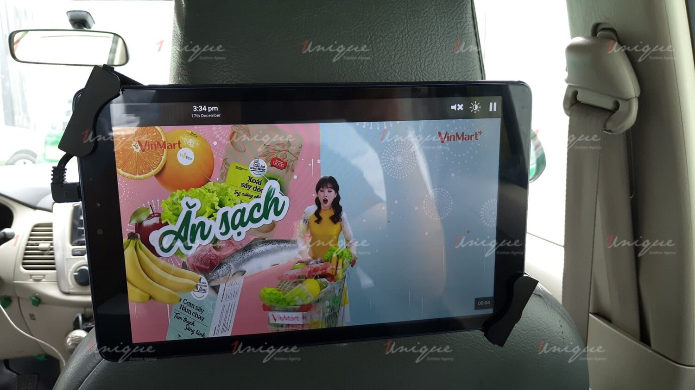 Chiến dịch quảng cáo trên ô tô của VinMart