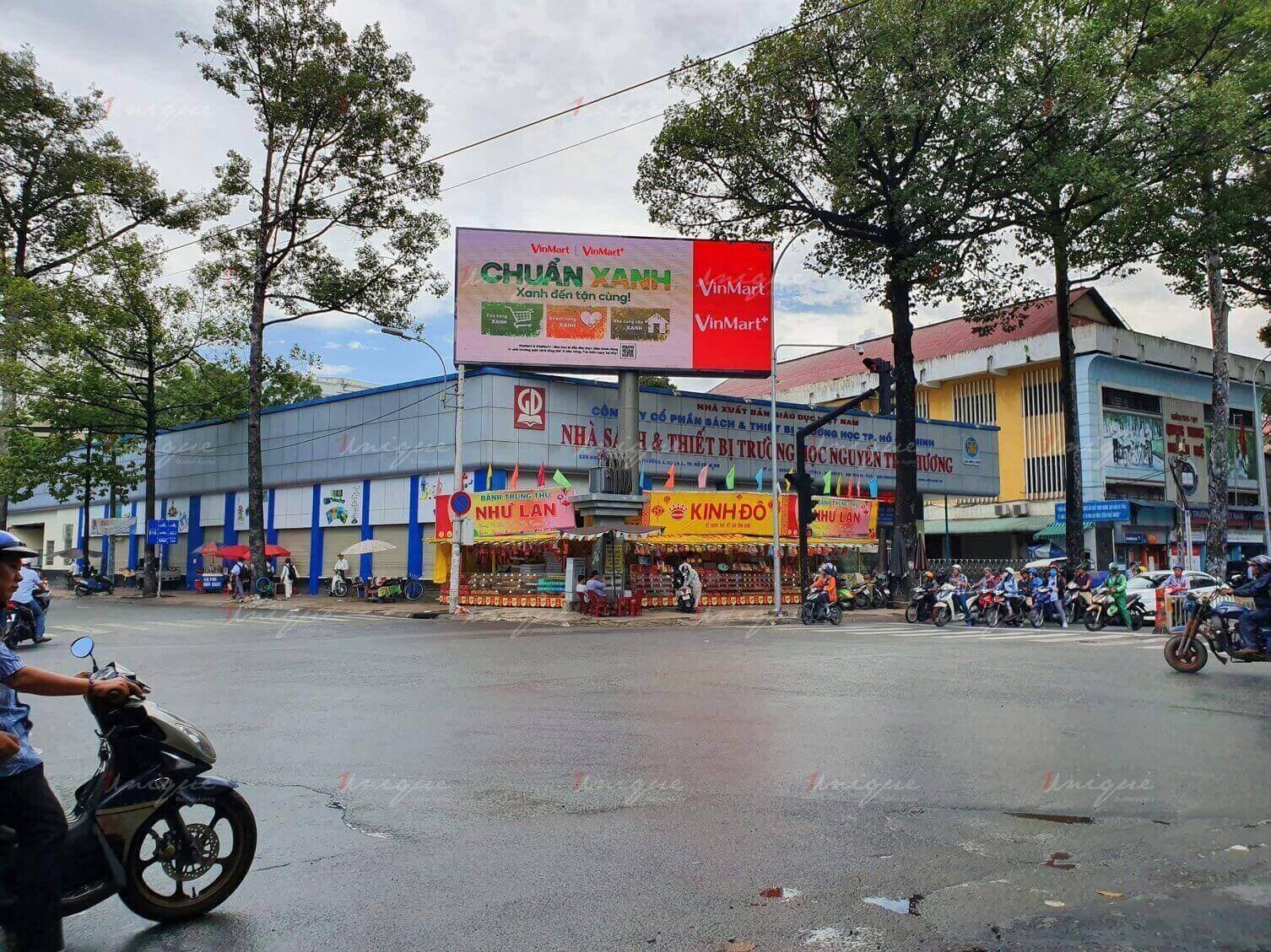 Màn hình Led quảng cáo ngoài trời tại 223 Nguyễn Tri Phương