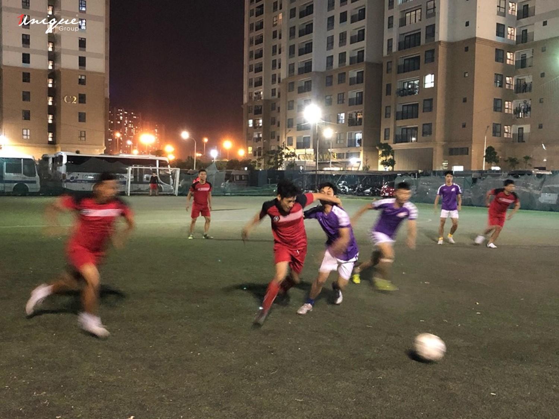 giải bóng đá giao hữu giữa Unique và CVI
