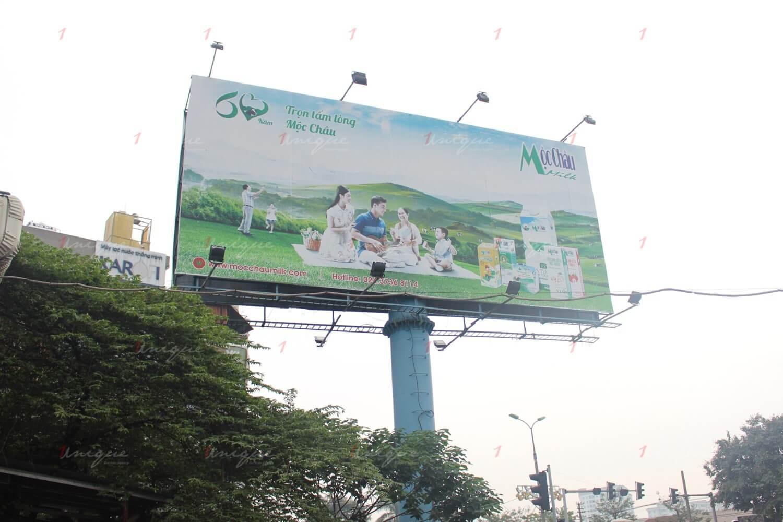 quảng cáo tại bến xe