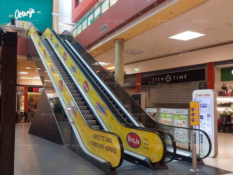 quảng cáo thang cuốn siêu thị