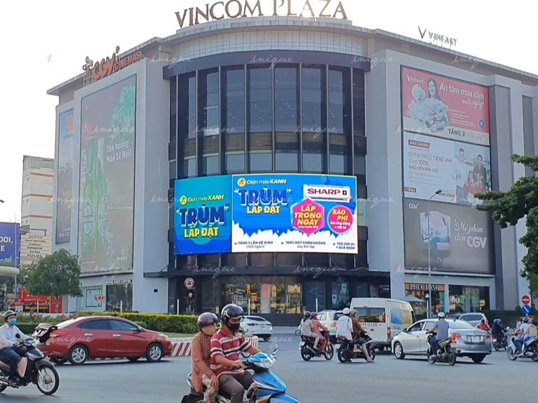 Điện Máy Xanh quảng cáo màn hình Led ngoài trời