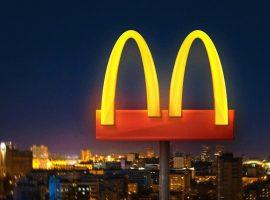 Thay logo mới, McDonalds nhắn nhủ mọi người giữ nên khoảng cách trong mùa dịch