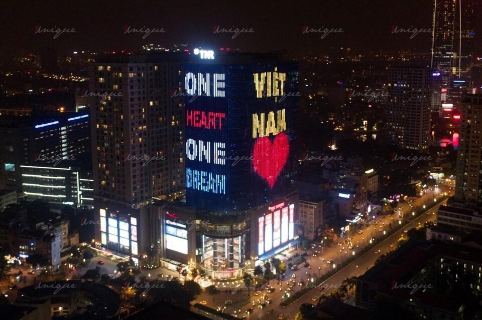 quảng cáo Led building tại tòa nhà TNR