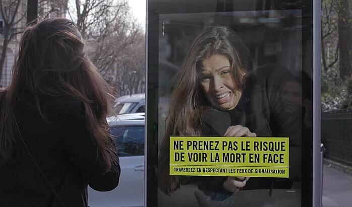 Bảng quảng cáo mô phỏng tai nạn ảo