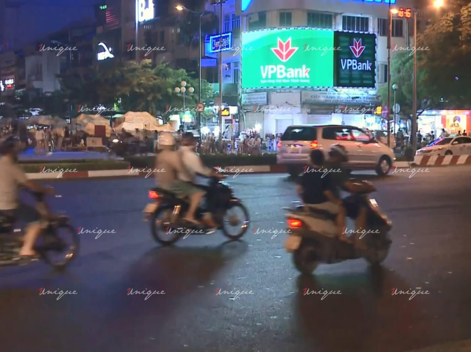 Màn hình Led quảng cáo 122 Lê Lợi, chợ Bến Thành, Quận 1