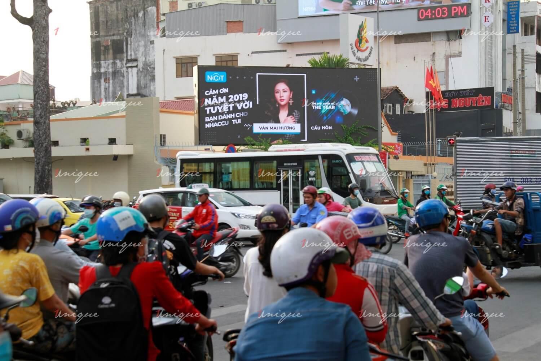Màn hình Led quảng cáo 125B CMT8, ngã tư Nguyễn Thị Minh Khai