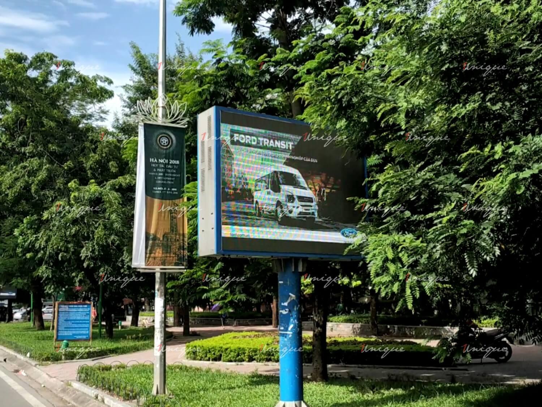 màn hình Led quảng cáo ngoài trời trên phố Tây Sơn