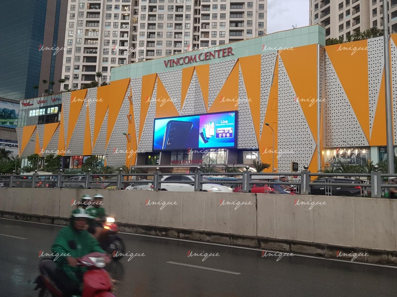 màn hình Led quảng cáo ngoài trời tại Vincom Trần Duy Hưng