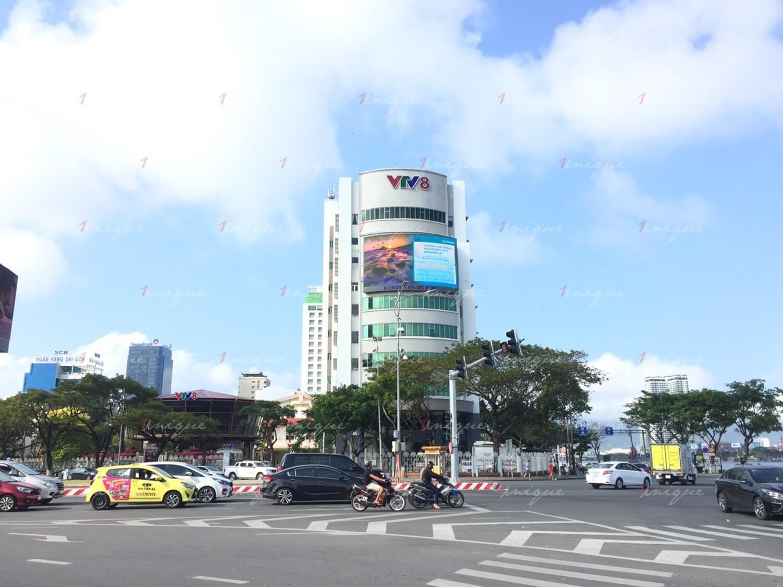Màn hình Led quảng cáo tại nút giao Cầu Rồng - Nguyễn Văn Linh, Đà Nẵng