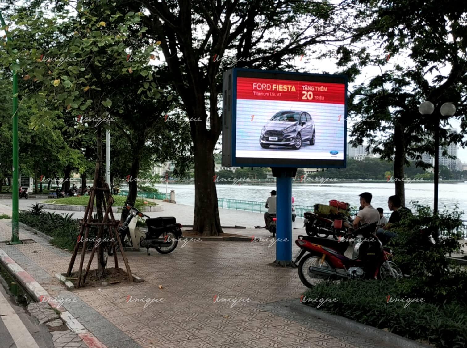 màn hình Led quảng cáo ngoài trời đường Thanh Niên
