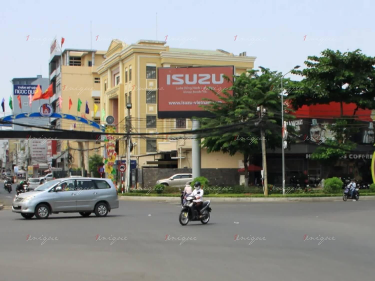 màn hình Led quảng cáo tại vòng xoay Biên Hùng, Đồng Nai