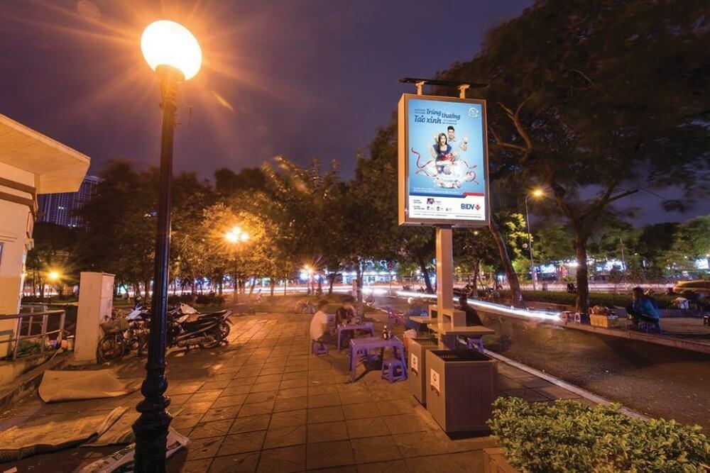 quảng cáo biển hộp đèn thông minh green lightbox