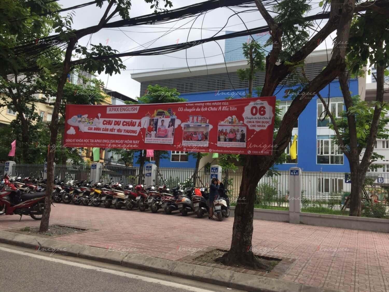 quảng cáo tại trường học