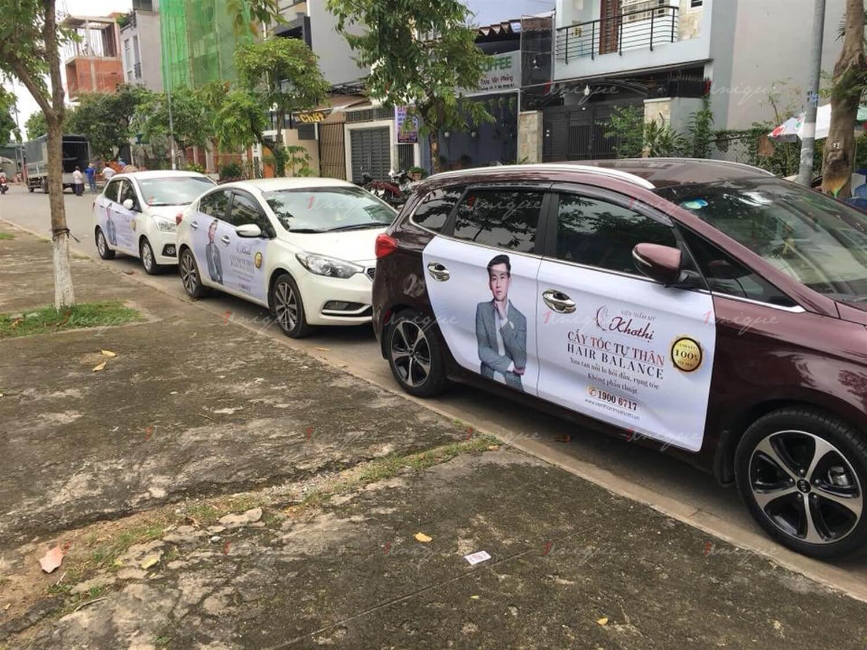Dán decal quảng cáo trên ô tô cá nhân