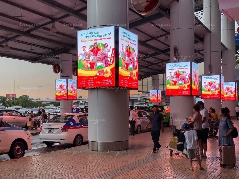 quảng cáo biển hộp đèn tại san bay