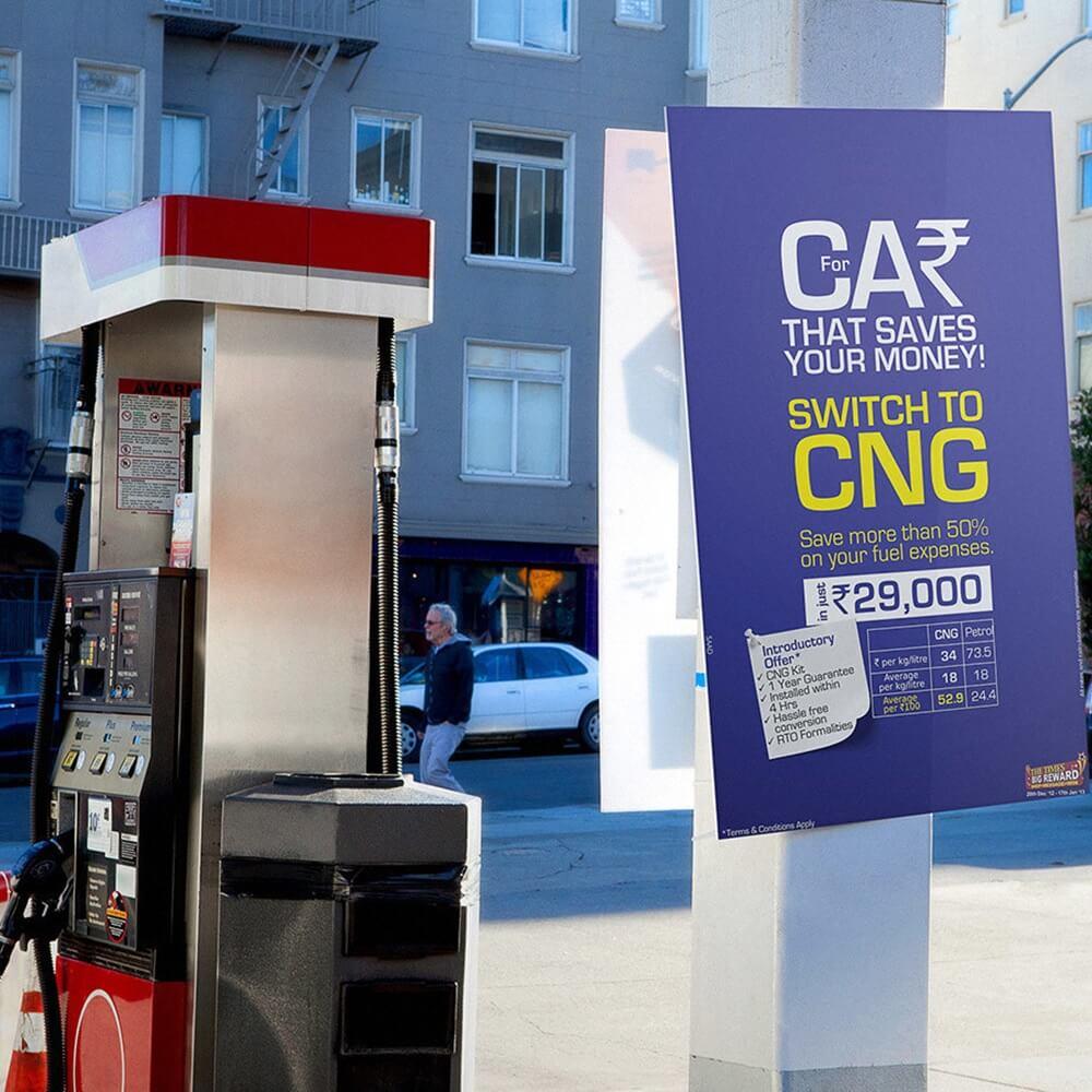quảng cáo tại trạm đổ xăng