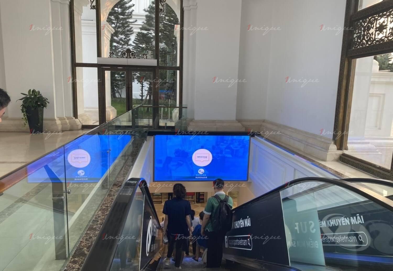 Quảng cáo màn hình Led tại TTTM Vincom Megamall Royal City