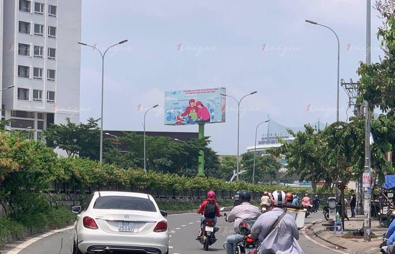 billboard quảng cáo tại 90 nguyễn hữu cảnh