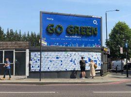 bảng quảng cáo xanh Go Green của O2