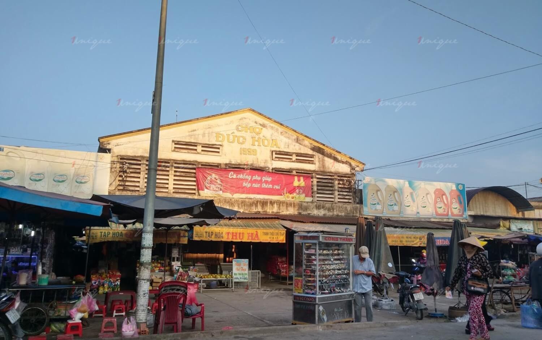 Quảng cáo biển chợ Đức Hoà, Long An