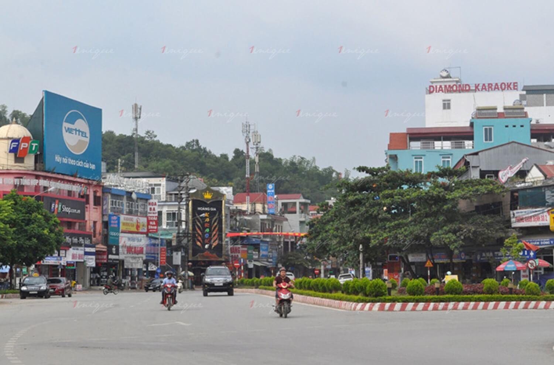 Quảng cáo ngoài trời tại Điện Biên