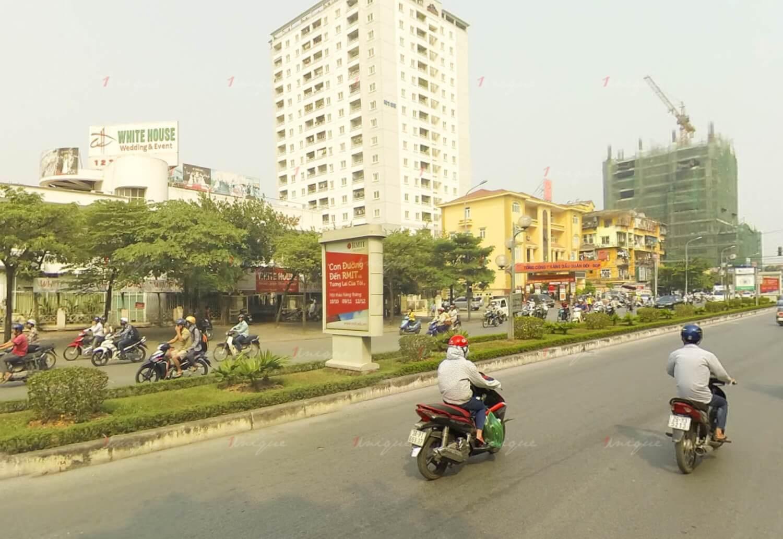 Biển hộp đèn quảng cáo đường Nguyễn Phong Sắc, Hà Nội