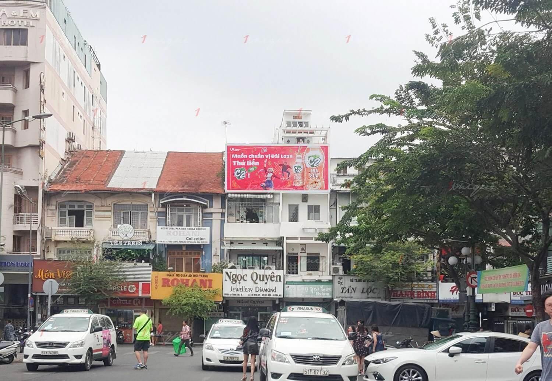 quảng cáo biển hộp đèn tại cửa đông chợ bến thành, hồ chí minh
