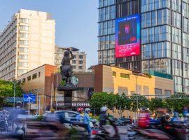 Yin Yang Media quảng bá hình ảnh nghệ sĩ Việt trên Billboard Led đẹp nhất Sài Gòn