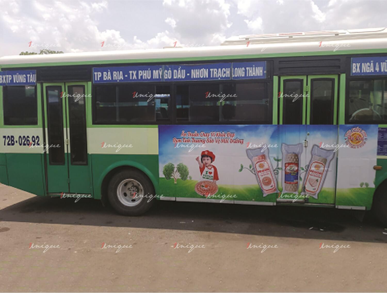 quảng cáo trên xe bus tại