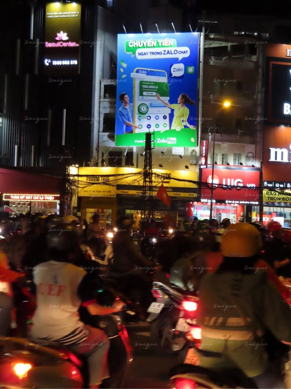 ZaloPay quảng cáo Pano tại đường 3/2 Vòng xoay Dân Chủ