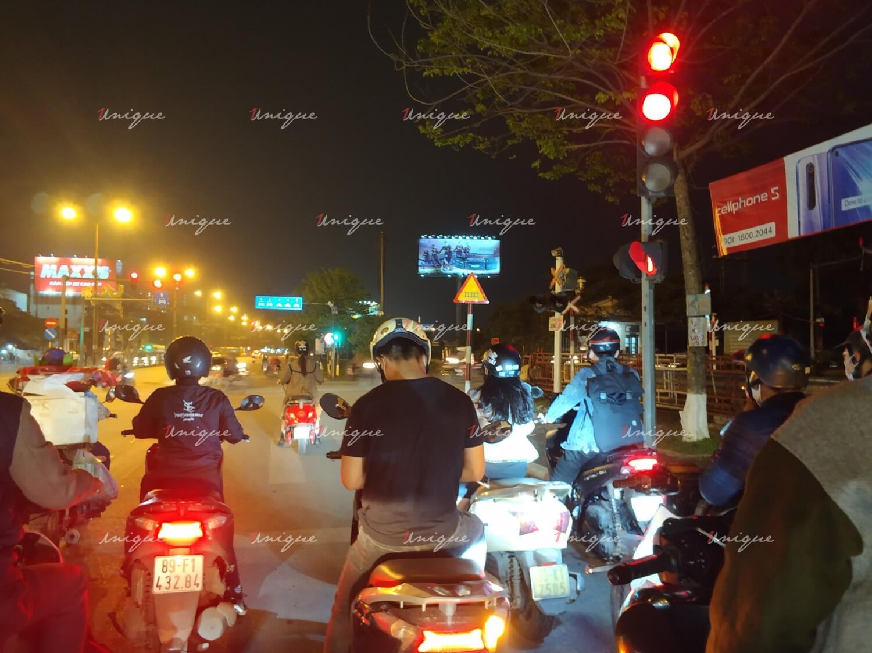 Ắc quy Rocket Hàn Quốc quảng cáo Billboard tại Giải Phóng, Hà Nội